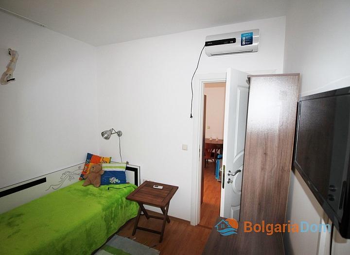 Двухкомнатная квартира в тихой части Солнечного Берега. Фото 13