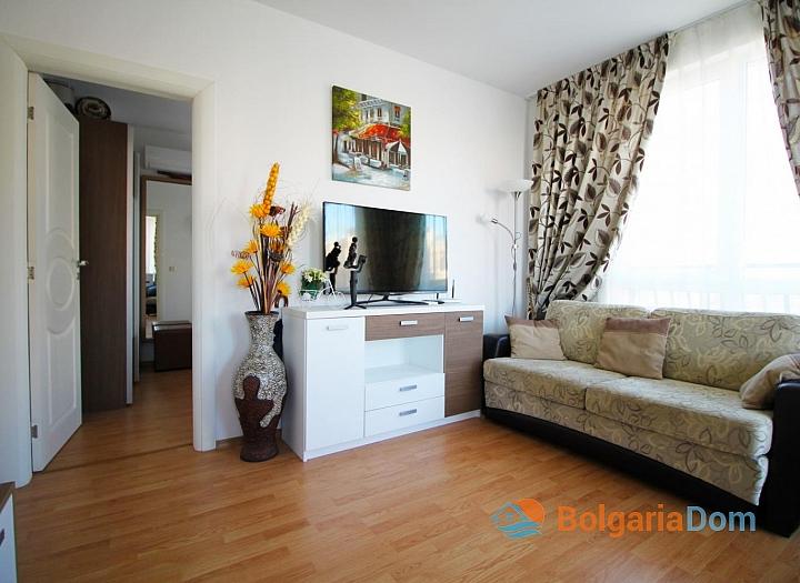 Купить хорошую двухкомнатную квартиру на Солнечном берегу. Фото 2