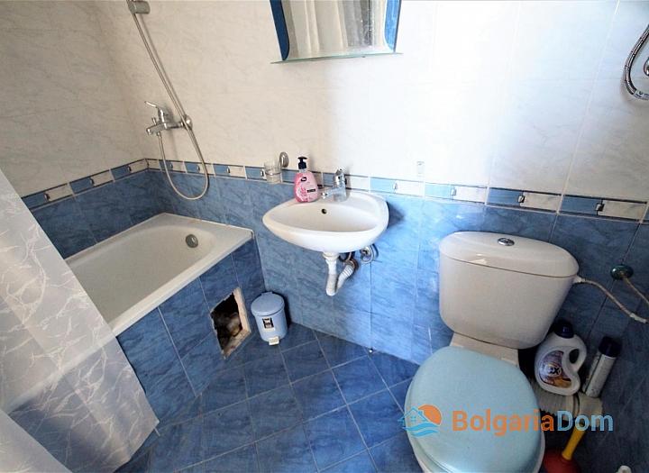 Недорогая двухкомнатная квартира в Равде возле пляжа. Фото 5