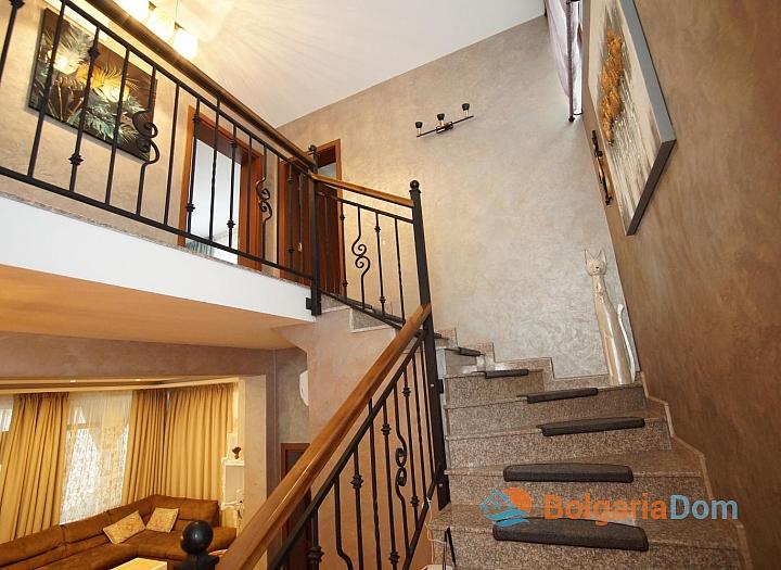 Отличный меблированный двухэтажный дом в Равде . Фото 25