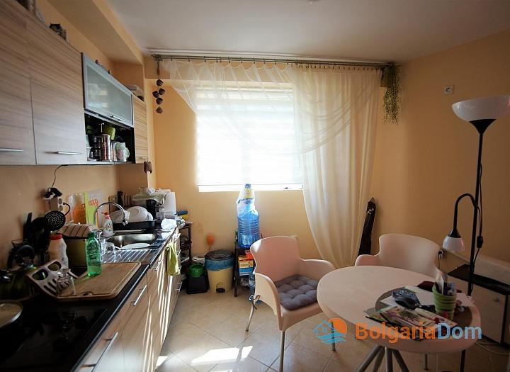 Просторная двухкомнатная квартира в красивом комплексе. Фото 5