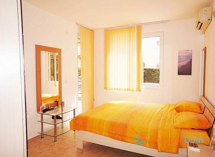 Трехкомнатная квартира в курорте Святой Влас. Фото 12