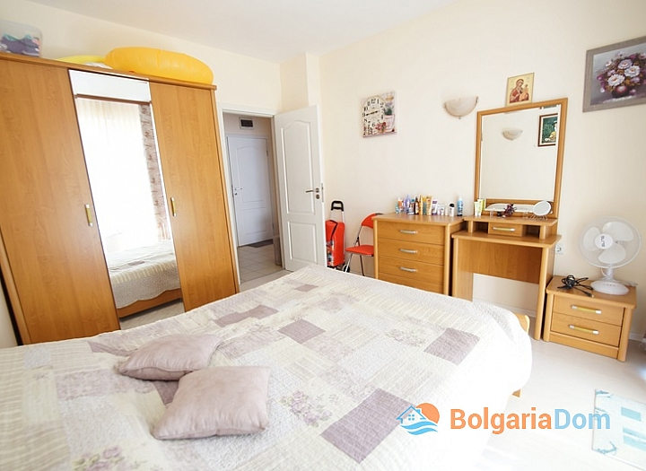 Двухкомнатная меблированная квартира на Солнечном Берегу в 150 метрах от пляжа. Фото 9