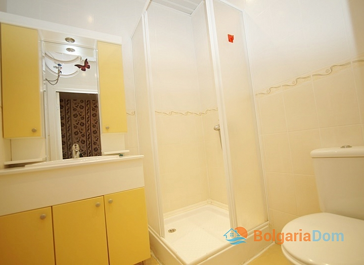 Квартира с одной спальней в комплексе близко к Несебру. Фото 12