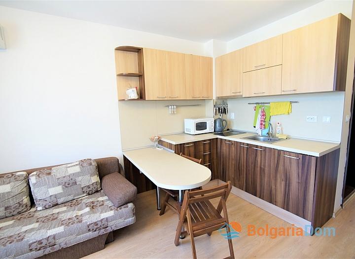 Двухкомнатная меблированная квартира в комплексе Радуга-2. Фото 10