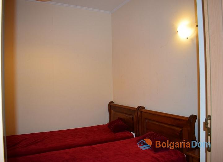 Квартира с двумя спальнями на первой линии в Сансет Резорт Поморие. Фото 14