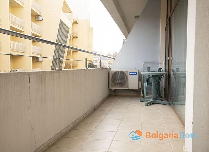 Недорогая квартира на продажу в курорте Солнечный Берег. Фото 5