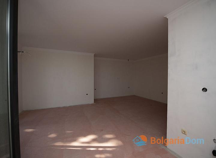 Недорогая квартира на первой линии моря в Равде. Фото 7