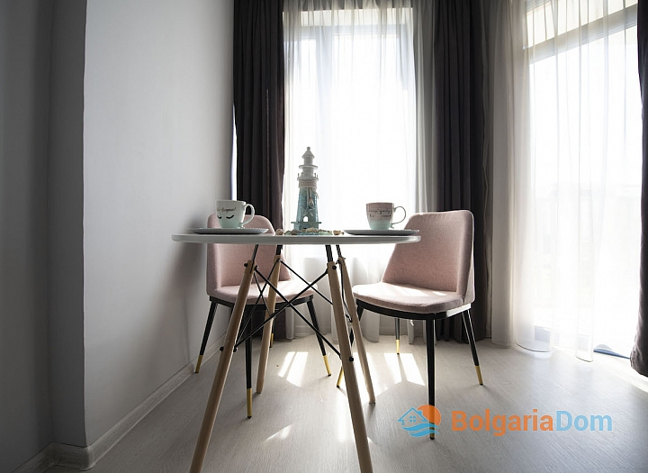 Новая студия с мебелью в Солнечном Береге. Фото 4