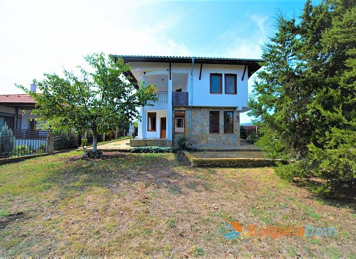 Двухэтажный дом в селе. Фото 5