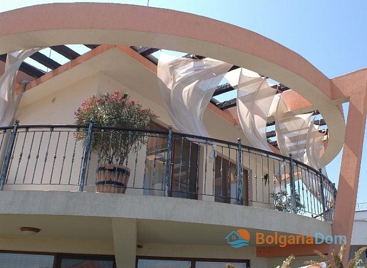 Шикарный дом на южном побережье Болгарии. Фото 8