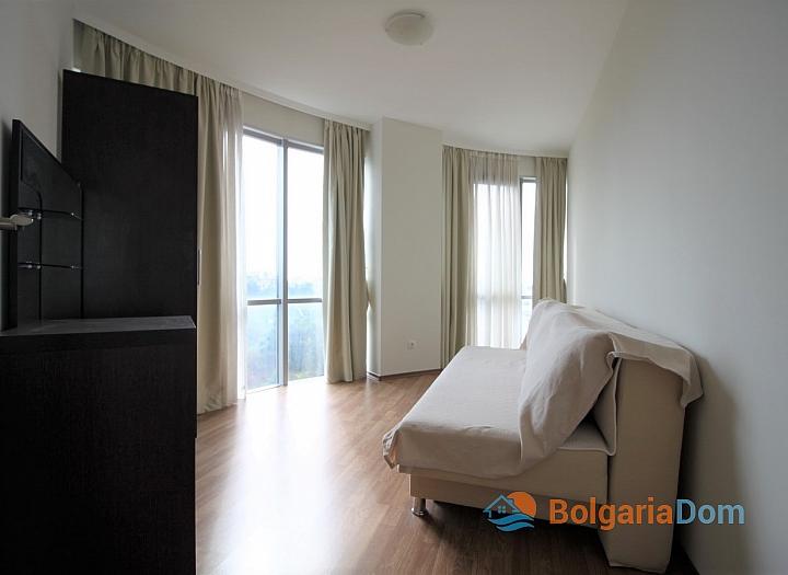 Квартира с морской панорамой на первой линии в Поморие. Фото 13