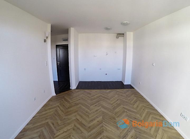 Двухкомнатная квартира в комплексе Романс Париж, Святой Влас. Фото 3
