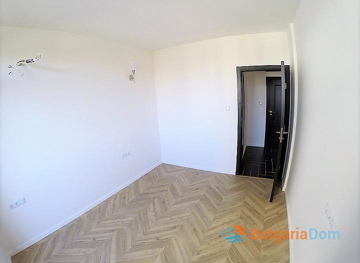 Двухкомнатная квартира в комплексе Романс Париж, Святой Влас. Фото 4