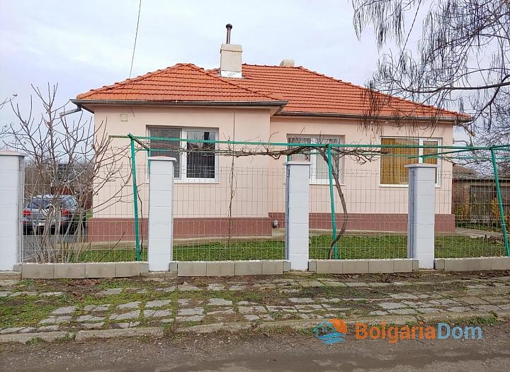Недорогой одноэтажный дом с участком в Дюлево. Фото 9