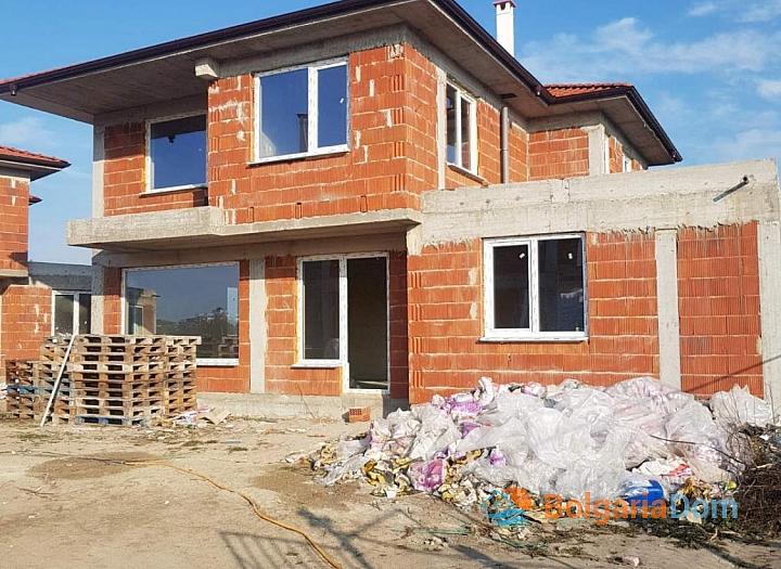 Новые дома на продажу в городе Поморие. Фото 17