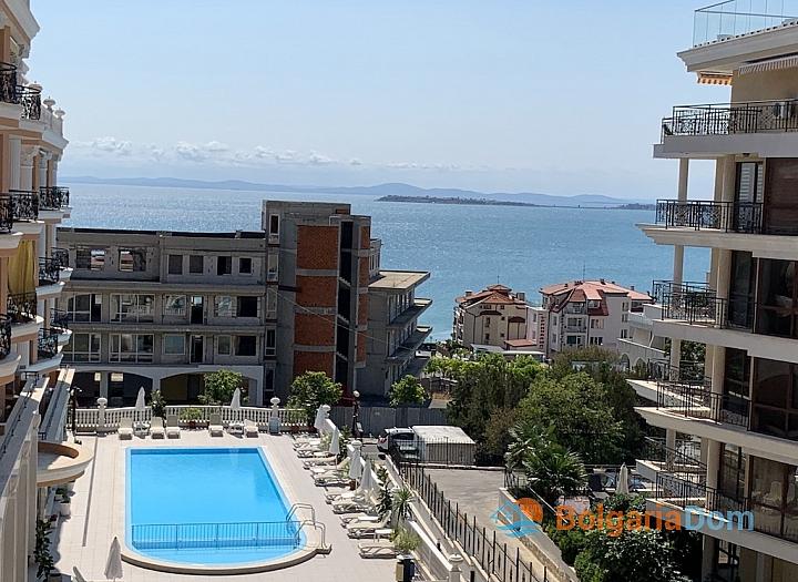 Трехкомнатная квартира с видом на море в новом элитном комплексе. Фото 27