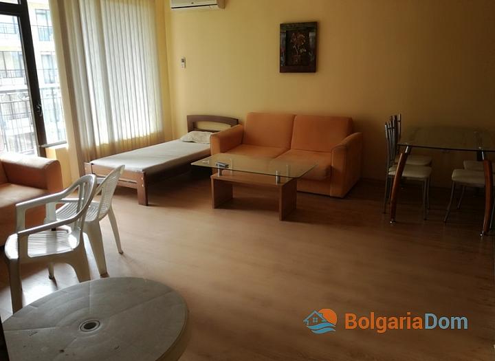 Трёхкомнатная меблированная квартира на Солнечном берегу. Фото 5