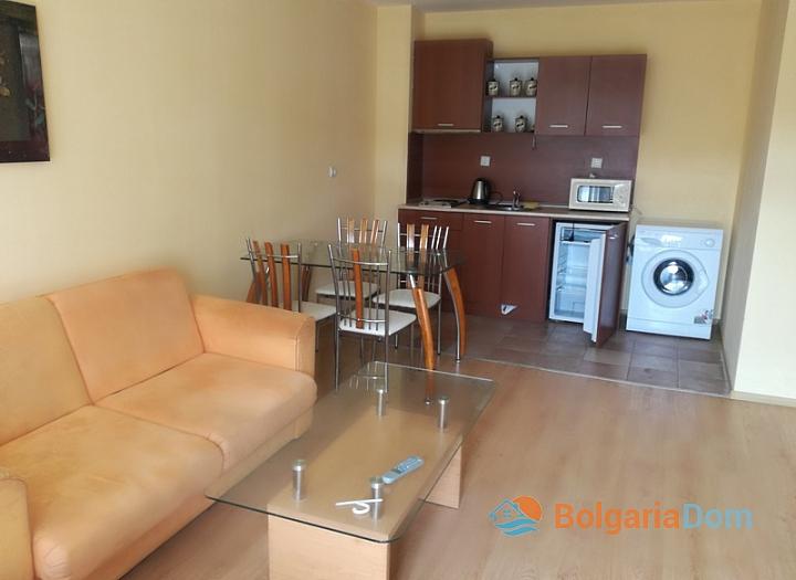 Трёхкомнатная меблированная квартира на Солнечном берегу. Фото 2
