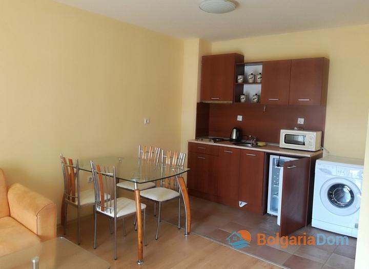 Трёхкомнатная меблированная квартира на Солнечном берегу. Фото 3