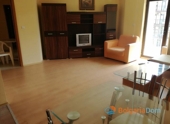 Трёхкомнатная меблированная квартира на Солнечном берегу. Фото 4