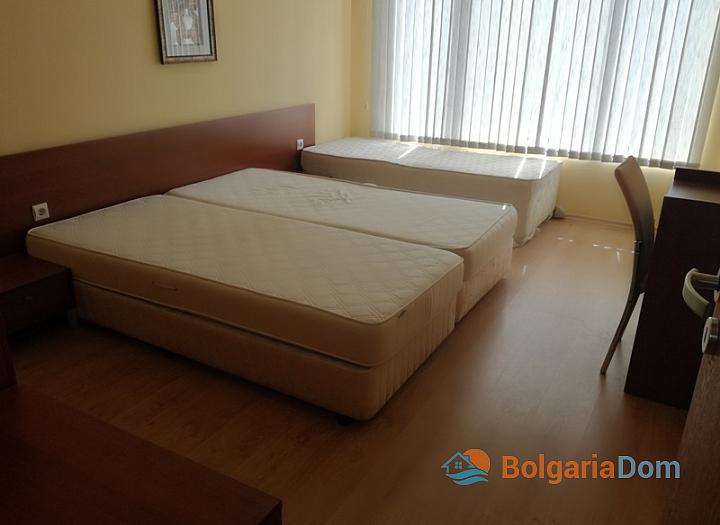 Трёхкомнатная меблированная квартира на Солнечном берегу. Фото 8
