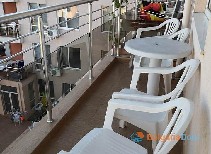 Меблированная трёхкомнатная квартира в комплексе Балкан Бриз 2. Фото 10