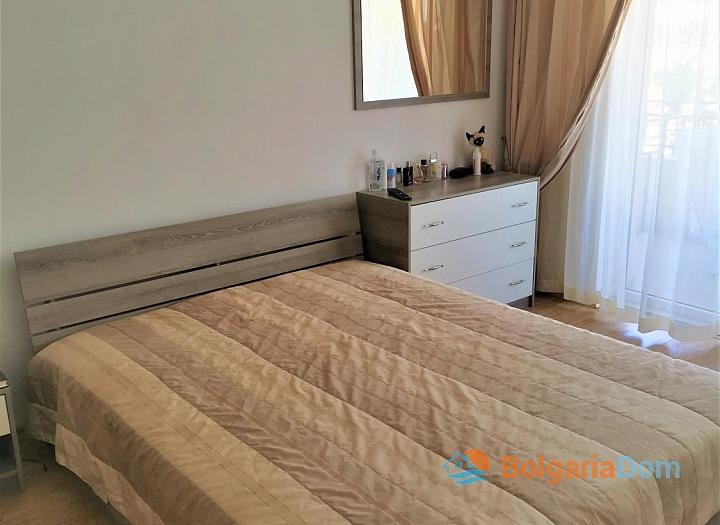 Уютная двухкомнатная квартира с красивым видом в отличном семейном комплексе. Фото 9