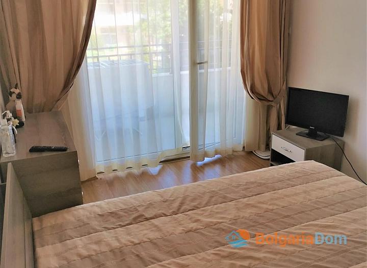 Уютная двухкомнатная квартира с красивым видом в отличном семейном комплексе. Фото 10