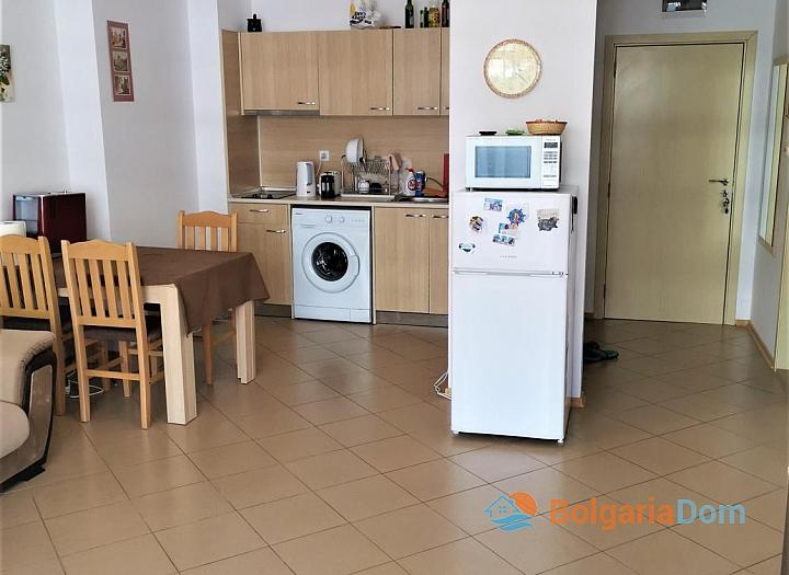 Уютная двухкомнатная квартира с красивым видом в отличном семейном комплексе. Фото 2