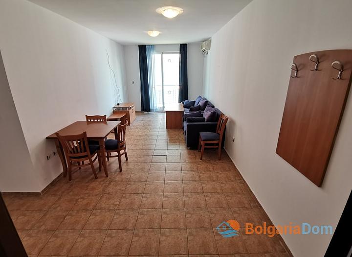 Купить выгодно квартиру с двумя спальнями на Солнечном берегу. Фото 3