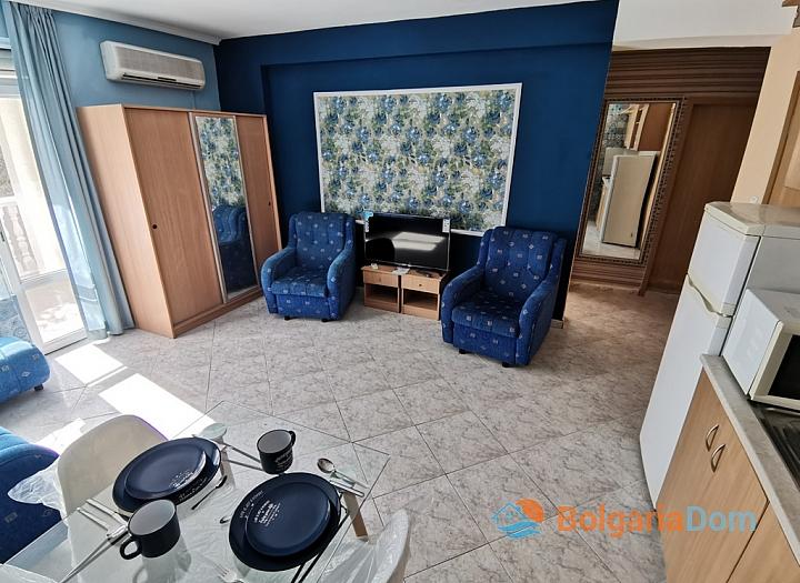 Трёхкомнатная квартира в центре Солнечного Берега . Фото 8