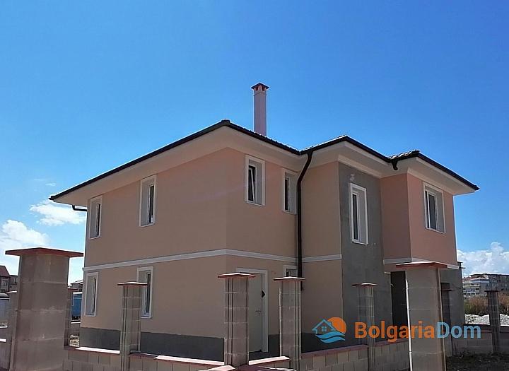 Новые дома на продажу в городе Поморие. Фото 2