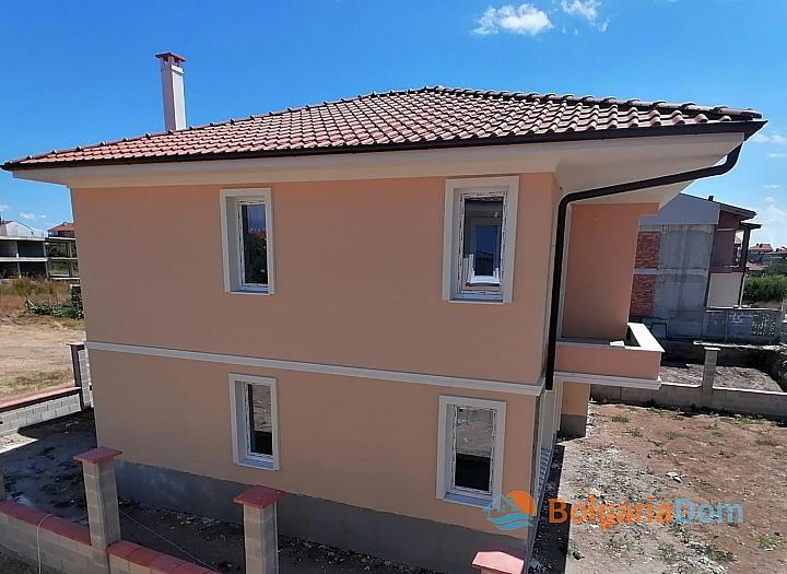 Новые дома на продажу в городе Поморие. Фото 4