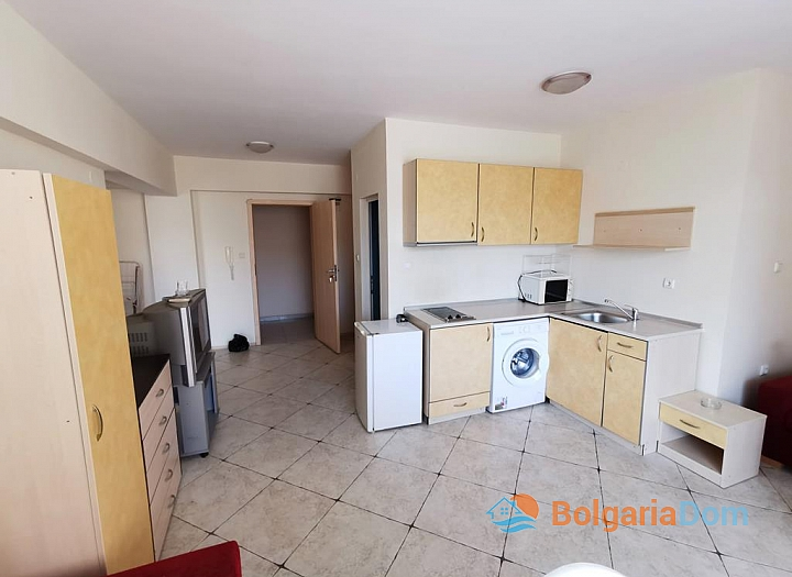 Купить трехкомнатную квартиру в комплексе Камелия Гарден. Фото 3