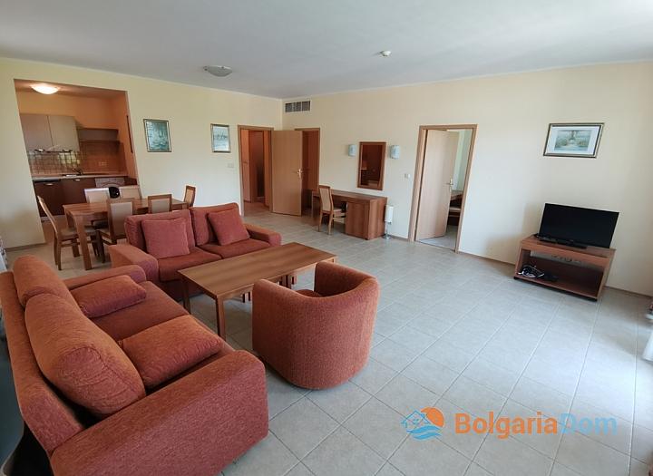 Срочная продажа апартамента в Сансет Резорт Поморие. Фото 2