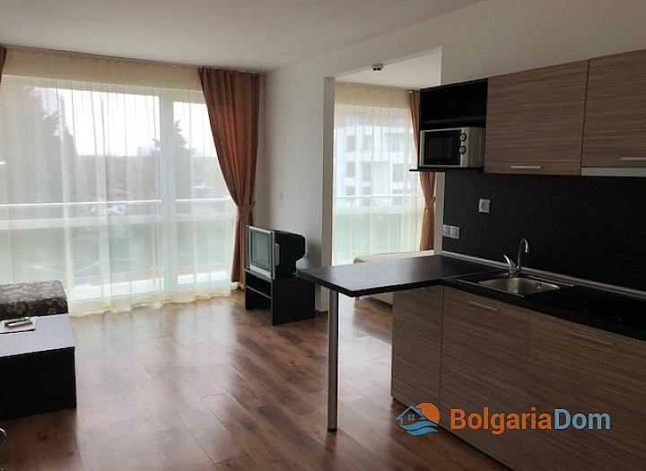 Недорогая квартира в бургасском квартале Сарафово. Фото 1