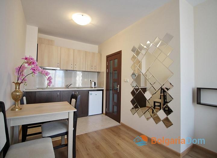 Хороший меблированный апартамент в Несебре . Фото 6