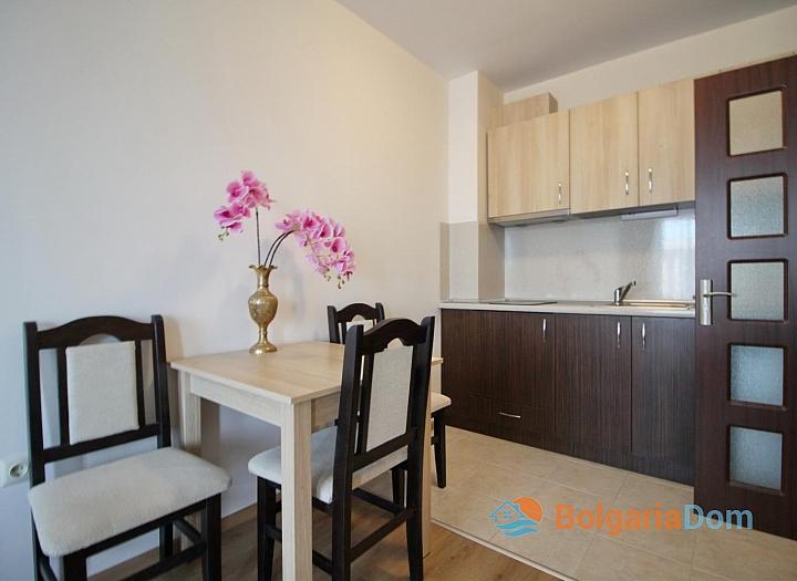 Хороший меблированный апартамент в Несебре . Фото 2