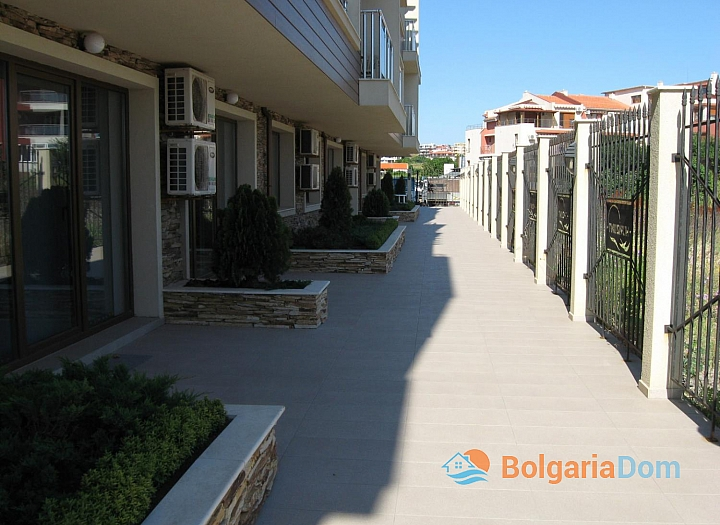 Двухкомнатная квартира в 50 м от пляжа в Созополе. Фото 6