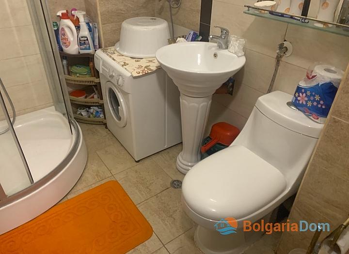 Недорогая квартира в курорте Солнечный Берег. Фото 20