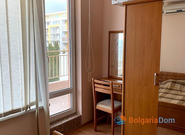 Двухкомнатная квартира с видом на море в комплексе Краун. Фото 5