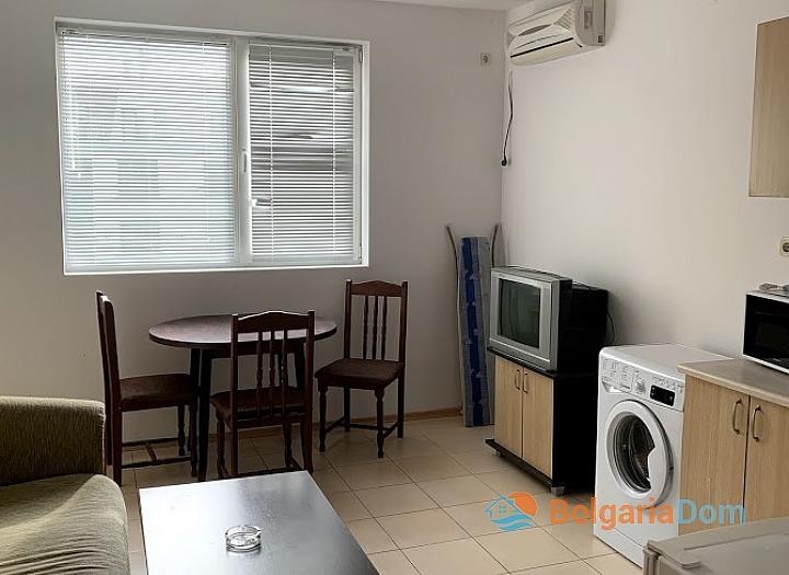 Трехкомнатная квартира по недорогой цене в Солнечном Береге. Фото 2