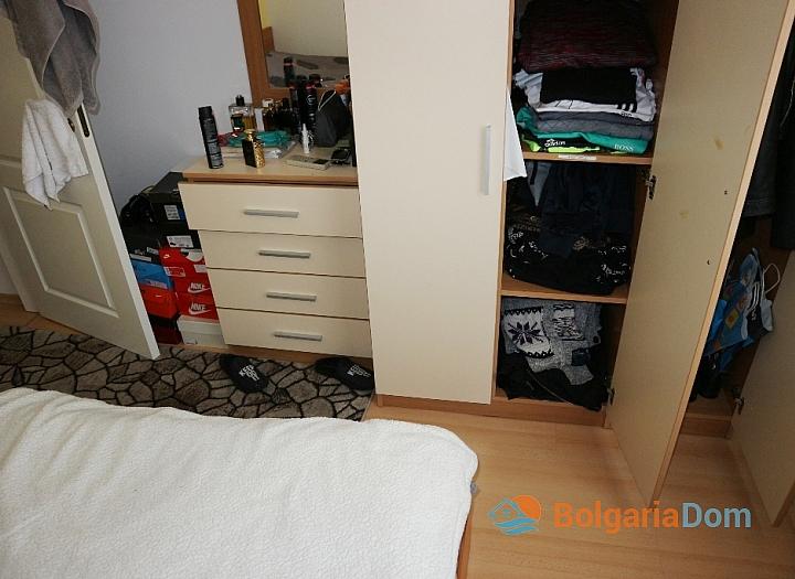 Недорогая двухкомнатная квартира в курорте Солнечный Берег. Фото 7