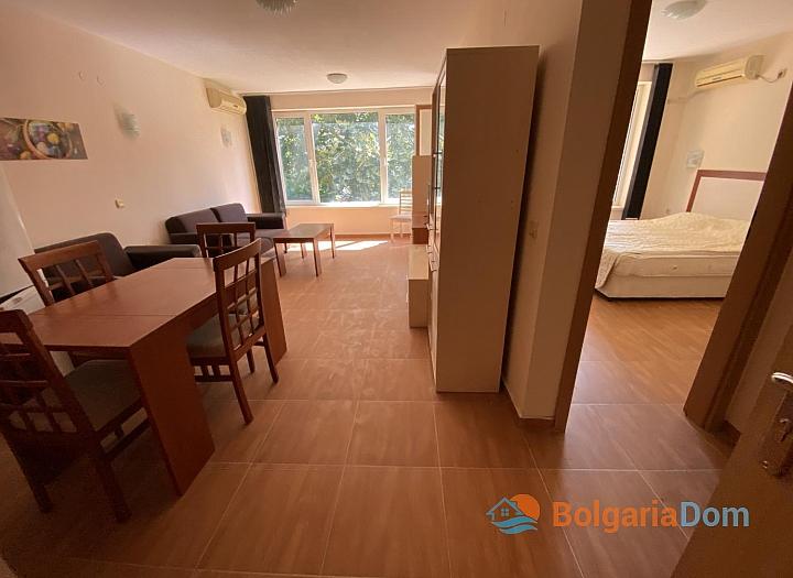 Просторная двухкомнатная квартира в отличном семейном комплексе . Фото 12