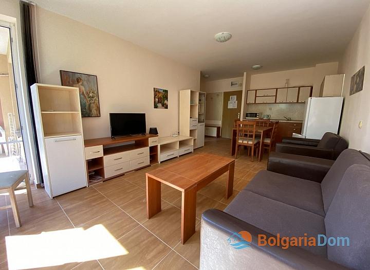 Просторная двухкомнатная квартира в отличном семейном комплексе . Фото 18