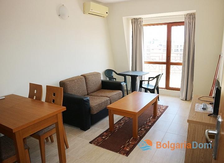 Просторная двухкомнатная квартира в комплексе Пасифик 3. Фото 2
