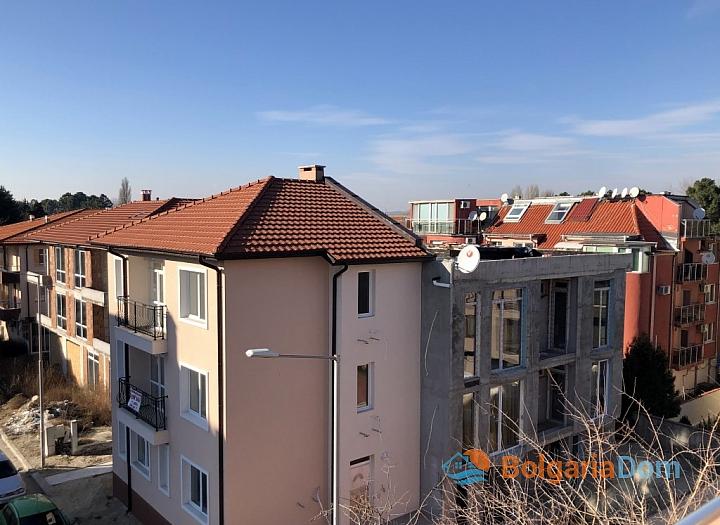 Недорогая двухкомнатная квартира в городе Несебр. Фото 11