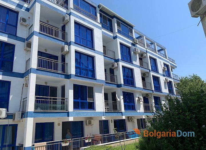 Недорогая двухкомнатная квартира в комплексе на первой линии. Фото 28