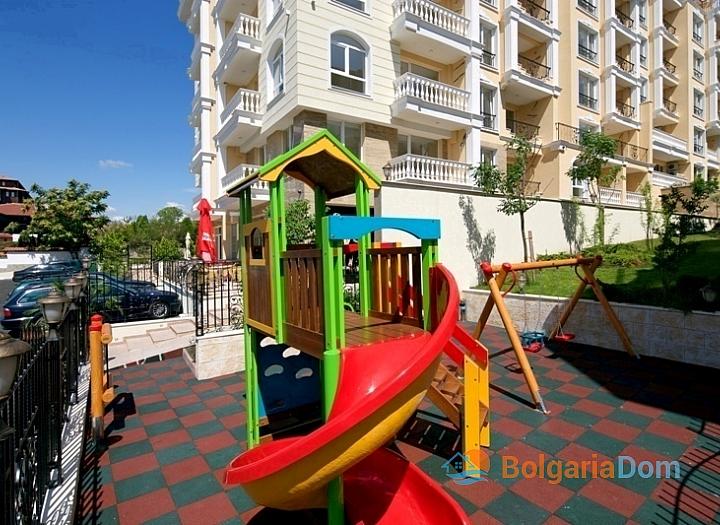 Квартира с тремя спальнями на Солнечном Берегу. Фото 4